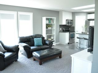 BRIGHT, QUIET & MODERN ACREAGE SUITE - Alberta vacation rentals