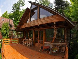 Transylvania mountain lake chalet - Gilau vacation rentals