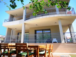 New modern house/villa for 8 people - Medulin vacation rentals