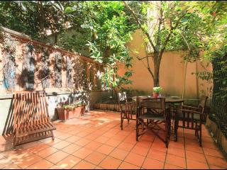 Cozy apartment with charming garden - Milan vacation rentals