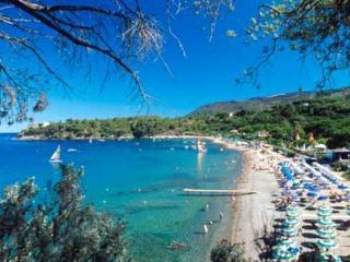 Grazioso bilocale a 50 mt dalla spiaggia - Capoliveri vacation rentals