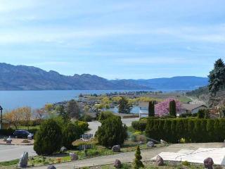 Incredible 5 Bedroom Okanagan Lake View Home with Hot Tub - Summerland vacation rentals