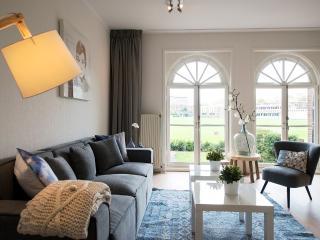 Short Stay Cricket Mansion 41c - The Hague vacation rentals