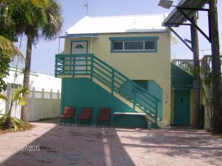 Palm Place-Affordable Keys Canalfront w/Huge Deck! - Marathon vacation rentals