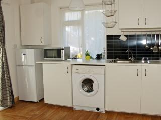 Cosy Petite House - Newcastle vacation rentals