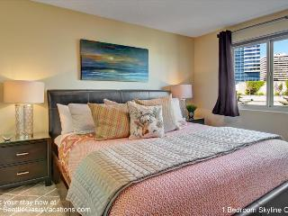 1 Bedroom Skyline Oasis--Summer sale 15% off posted rates for July! - Seattle vacation rentals