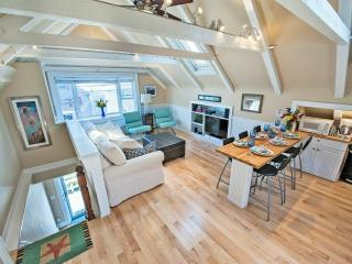 Commercial St. East End  Beachfront Amazing Condo - Provincetown vacation rentals