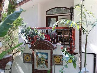 Urban Oasis - 1 Bedroom Loft Apt -  Near Pasadena - Los Angeles vacation rentals