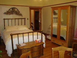 Old Nurse Residence B&B - Buttercup Room - Fernie vacation rentals
