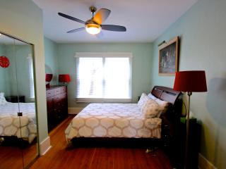 5 Bedroom West Side Vancouver Heritage House - Vancouver vacation rentals