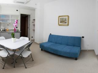 Bilocale 13A - Maccagno vacation rentals