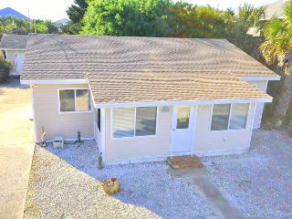 Blue Sky, 2 bedrooms, across from ocean - Saint Augustine vacation rentals