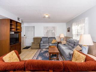 Cottage Breeze, 2 Bedrooms, Walk to Ocean - Saint Augustine vacation rentals