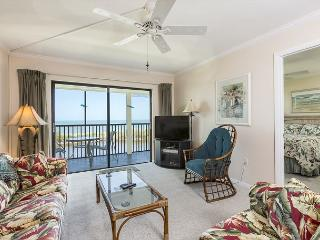 Terra Mar 604, Gulf Front, Elevator, Heated Pool - Fort Myers Beach vacation rentals