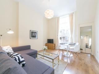 2BR - West Kensington - 38CR3 - London vacation rentals