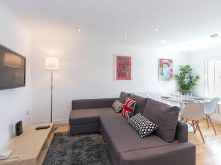 2BR - Earls Court - GA06 - London vacation rentals