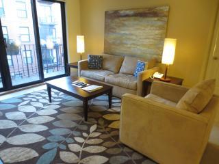 Lux 2BR in Post-War building - Boston vacation rentals