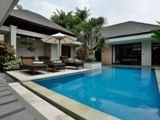 BEACHFRONT KEJORA VILLA 9 |  SANUR - Sanur vacation rentals