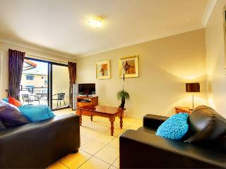 Strand Park Hotel Apartment 27 - Townsville vacation rentals