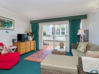 Il Centro Cairns City Living - One Bedroom - Apartment #4 - Cairns vacation rentals