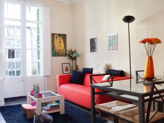 Beautiful Private Double Room in  in the center. - Barcelona vacation rentals
