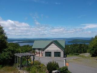 #207 - 180 degree sunset views of Moosehead Lake & mountains - Greenville vacation rentals