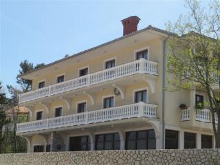 Apartment Martina(2501-6357) - Soline vacation rentals