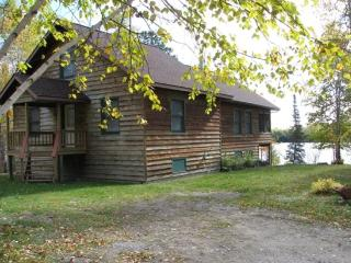 Wolf Ridge - Private backwoods retreat - Babbitt vacation rentals