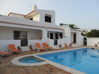 Villa Cristina e Ricardo - Carvoeiro vacation rentals