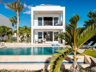 Miami Vice Cottage - Providenciales vacation rentals