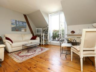 Exquisite retreat for 4 in the Marais P3 - Paris vacation rentals