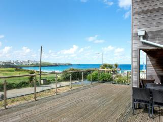 Fistral View, 3 Cribbar located in Newquay, Cornwall - Newquay vacation rentals
