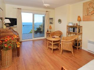 Apartment near the beach. Great views! 3 bedrooms. Costa Brava, Spain - L'Estartit vacation rentals