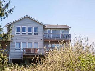 Spectacular Ocean Views and Sparkling Charm - Lincoln City vacation rentals