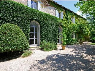 Stylish Provencal Stone Mas with Pool Near Medieval Village, Sleeps 10 - Sommieres vacation rentals