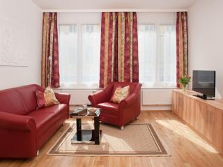 Vacation Apartment in Vienna  - 409 sqft, 1 bedroom, max. 2 people (# 7139) - Josefstadt vacation rentals