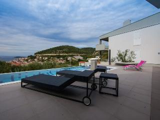 Sea view pool Villa Mara Vis - Vis vacation rentals