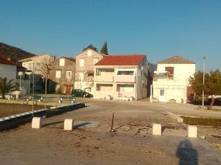 Ivanovic summer house - Poluotok Peljesac vacation rentals