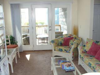 Spacious 3 Bedroom, Great Location, Ocean Views - Carolina Beach vacation rentals