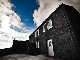as casas do vinagreiro - Pico vacation rentals