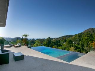 Hollywood Infinity View Villa - West Hollywood vacation rentals