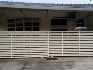 HOMESTAY - BUKIT JANA , TAIPING - Taiping vacation rentals