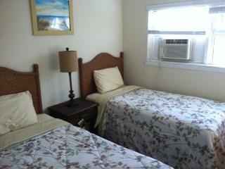 2 Bedroom Unit Steps From Beach - Grand Bahama vacation rentals