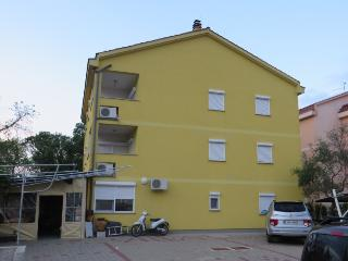 Apartment Cinija(2314-5834) - Primorje-Gorski Kotar vacation rentals