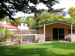 Shiralea Country Cottage - Mount Gambier vacation rentals