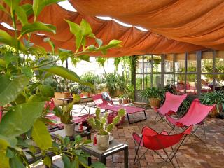 Gorgeous 3 Bedroom House in Rome - Florence vacation rentals