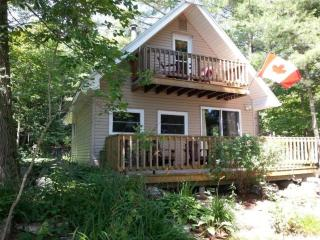 Troy Lake Gem - Gananoque vacation rentals