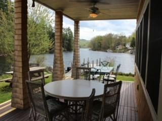 Lake Waukewan Luxury Waterfront (WOO22W) - Meredith vacation rentals