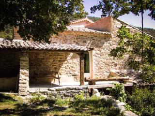 Col du Fâ - ancienne école - Sausses vacation rentals