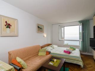 Dubrovnik Travelers Lodge with sea view - Dubrovnik vacation rentals